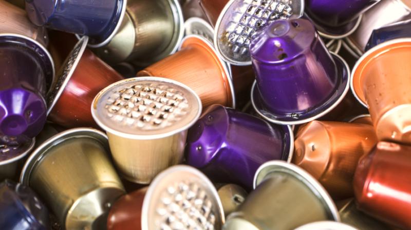 Raccolta differenziata: come conferire capsule, cialde e residui di caffè